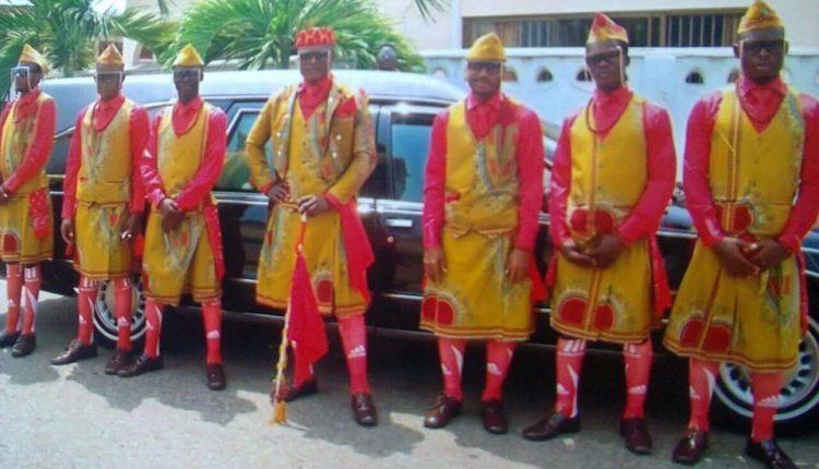 Dada Awu - The Dancing Pallbears From Ghana